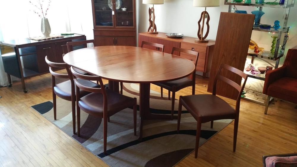 Danish Teak Dining Table & Chairs: Johannes Andersen for Uldum Mobelfabrik SOLD