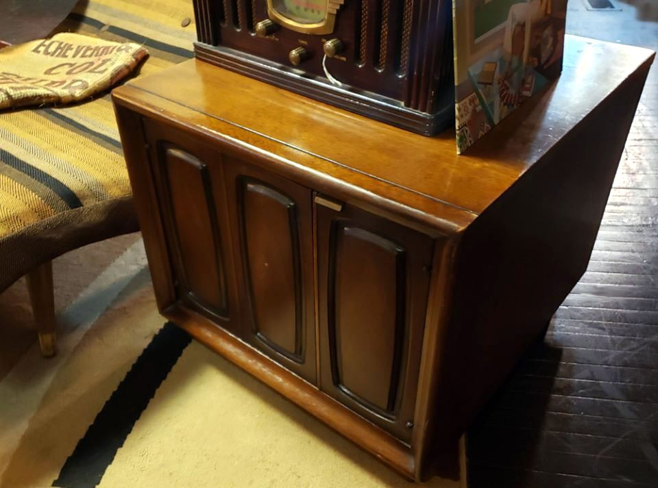 "Broyhill ""Emphasis"" Night Stand or Record Cabinet"