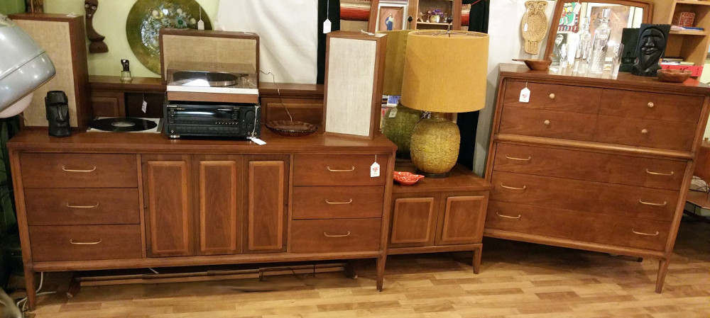 Drexel 'Forward 20' Dressers (2), Nightstands (2) & Bookcase Headboard