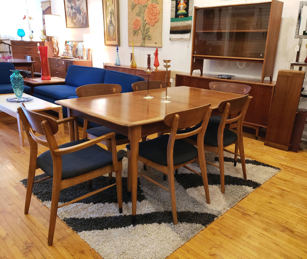 Rare Lane 'Acclaim' Dining Table & Chairs SOLD