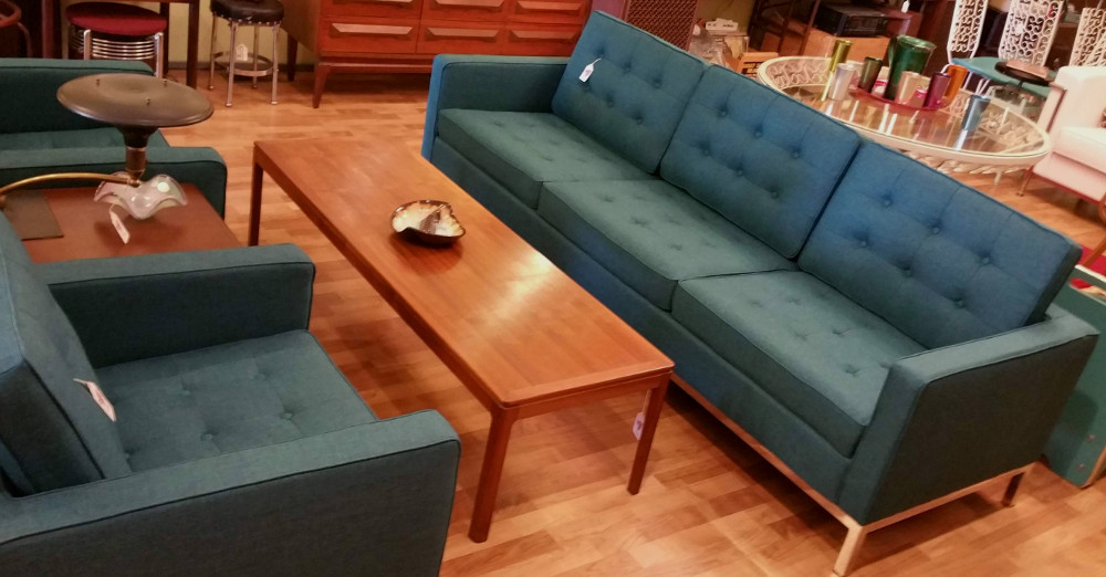 Retro Teal Sofa, New: Knoll/LeCorbusier-style SOLD