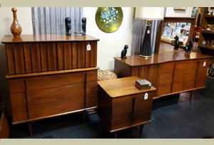 60s United Furniture Dressers , night sTAND