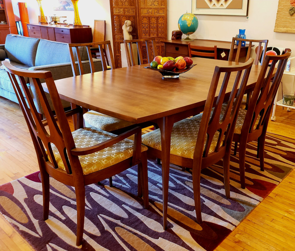 Broyhill #Brasilia Dining Table & 6 Chairs