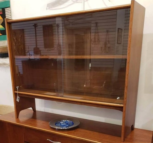 Lane Acclaim China Hutch (top only) #LaneAcclaimHutch