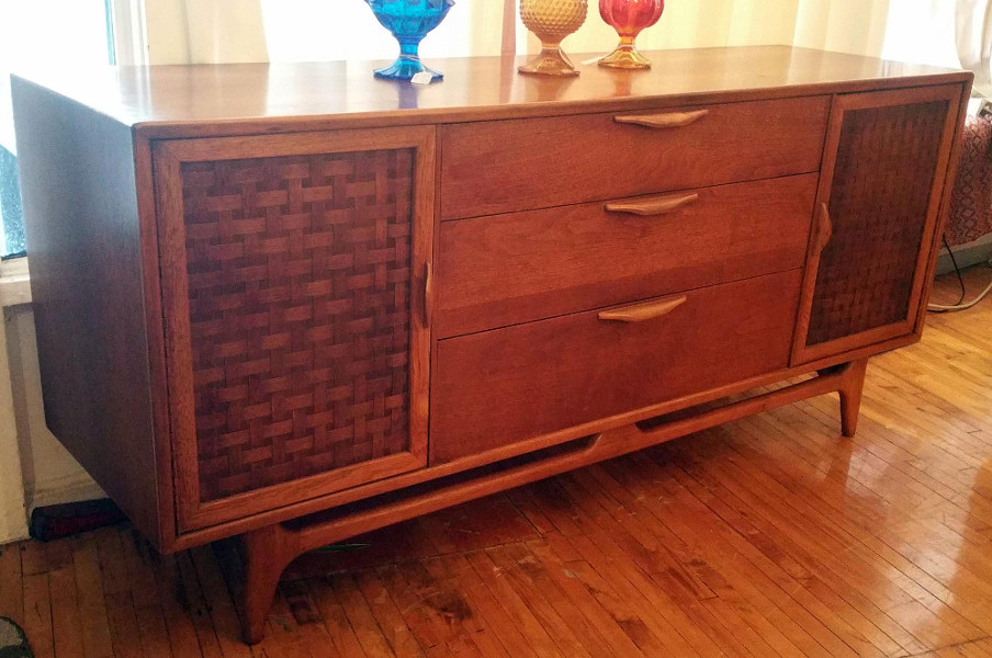 Lane Perception Long Dresser / Credenza